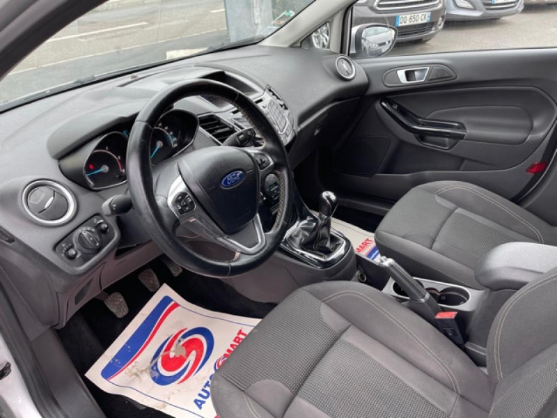 Photo 12 de l'offre de FORD FIESTA 1.5 TDCI-95 TITANIUM CLIM à 8990€ chez Triplo auto