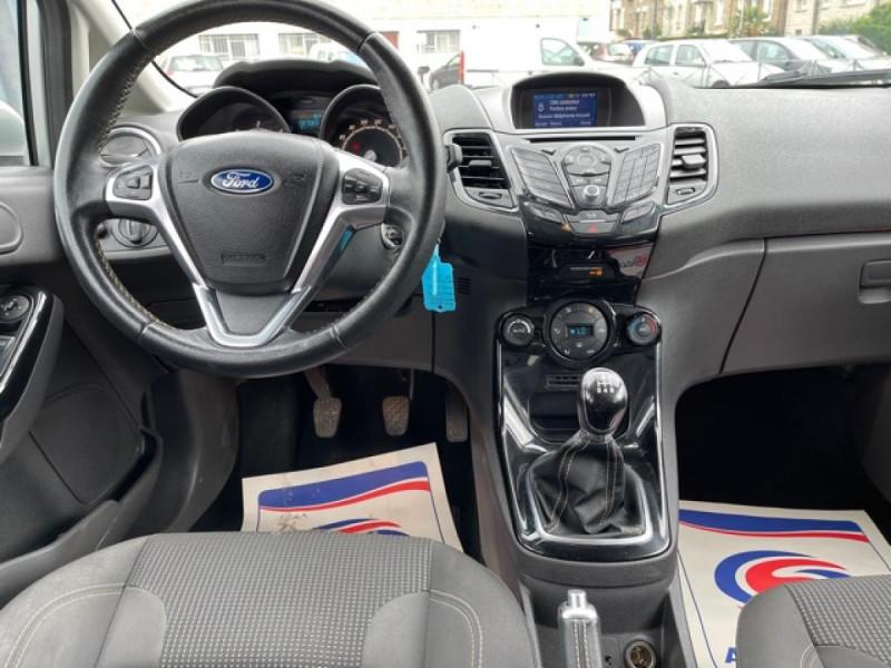 Photo 16 de l'offre de FORD FIESTA 1.5 TDCI-95 TITANIUM CLIM à 8990€ chez Triplo auto