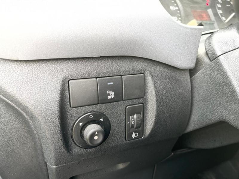 Photo 18 de l'offre de CITROEN BERLINGO 1.6 HDI-92 XTR CLIM 5PLACES DISTRI OK à 7350€ chez Triplo auto
