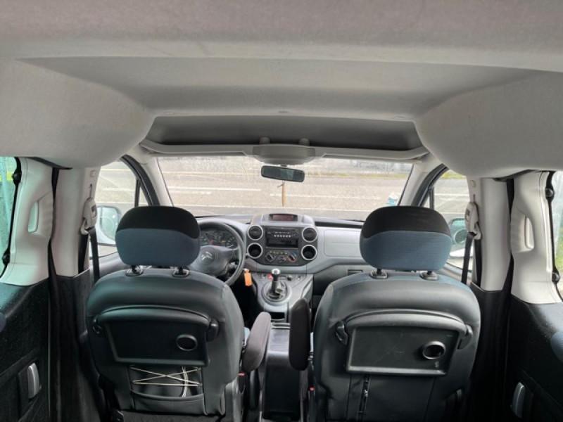 Photo 9 de l'offre de CITROEN BERLINGO 1.6 HDI-92 XTR CLIM 5PLACES DISTRI OK à 7350€ chez Triplo auto
