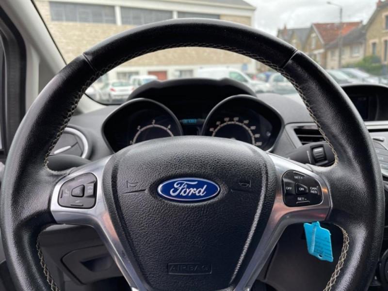 Photo 22 de l'offre de FORD FIESTA 1.5 TDCI-95 TITANIUM CLIM à 8990€ chez Triplo auto