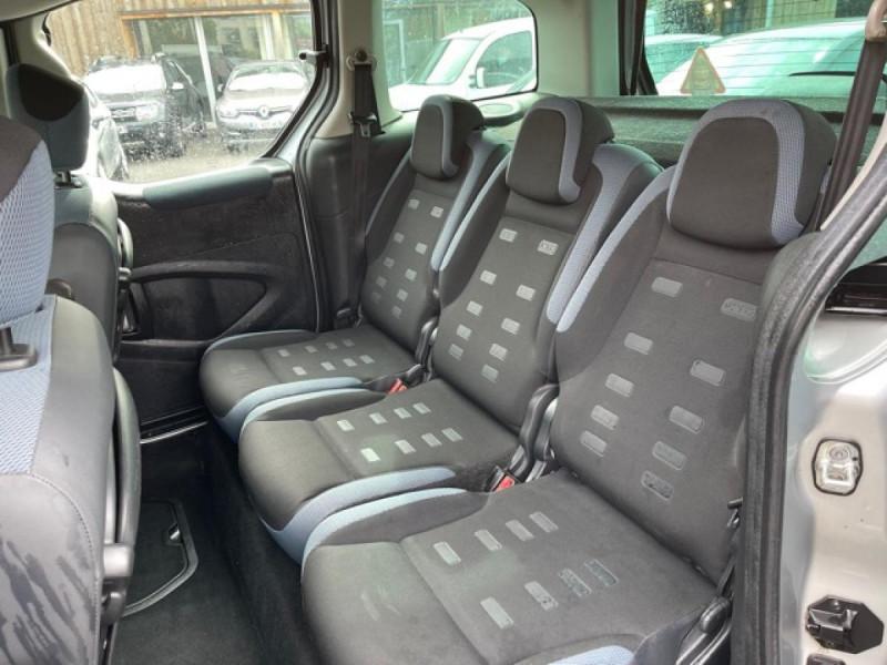 Photo 10 de l'offre de CITROEN BERLINGO 1.6 HDI-92 XTR CLIM 5PLACES DISTRI OK à 7350€ chez Triplo auto