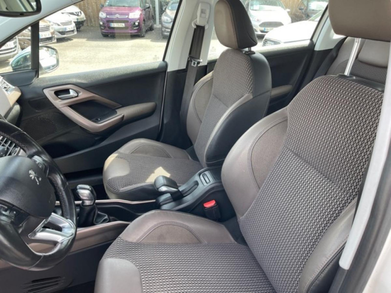 Photo 13 de l'offre de PEUGEOT 2008  1.2 VTI 82 ALLURE GPS CLIM RADAR AR à 7490€ chez Triplo auto