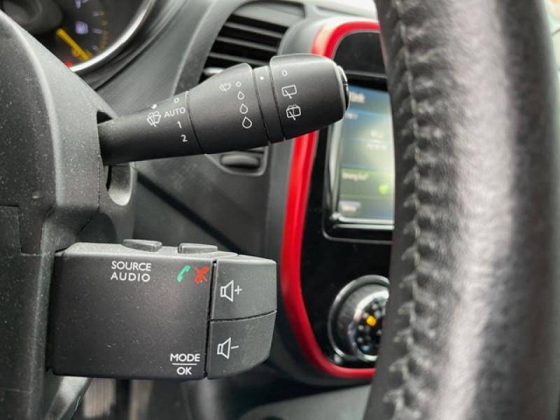 Photo 20 de l'offre de RENAULT CAPTUR 1.5 DCI-110  HELLY HANSEN GPS CAMERA 1ERE MAIN à 7990€ chez Triplo auto