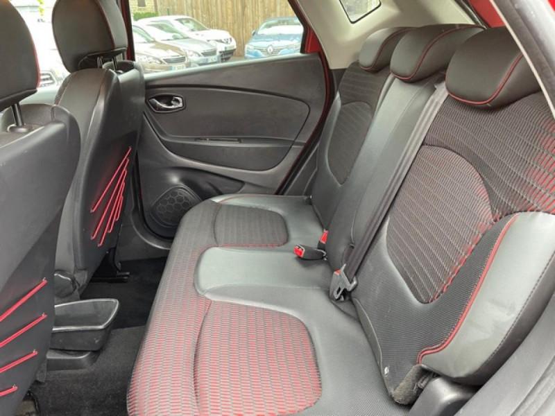 Photo 11 de l'offre de RENAULT CAPTUR 1.5 DCI-110  HELLY HANSEN GPS CAMERA 1ERE MAIN à 7990€ chez Triplo auto