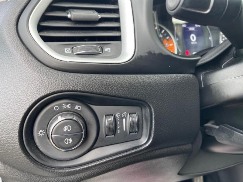 Photo 21 de l'offre de JEEP RENEGADE 1.6 MJT 120 LONGITUDE BUSINESS GPS  à 16490€ chez Triplo auto