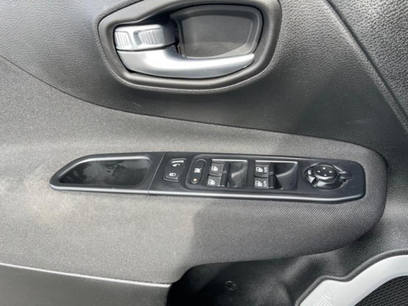 Photo 22 de l'offre de JEEP RENEGADE 1.6 MJT 120 LONGITUDE BUSINESS GPS  à 16490€ chez Triplo auto