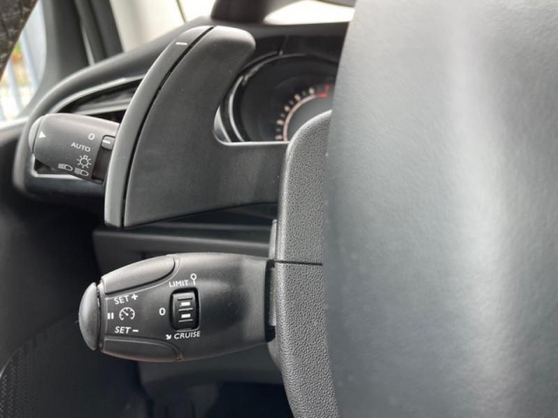Photo 19 de l'offre de CITROEN C3  1.2 82 S&S -BVA EXCLUSIVE GPS CAMERA RADAR AR à 10990€ chez Triplo auto