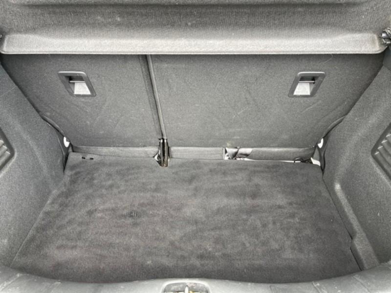 Photo 9 de l'offre de CITROEN C3  1.2 82 S&S -BVA EXCLUSIVE GPS CAMERA RADAR AR à 10990€ chez Triplo auto