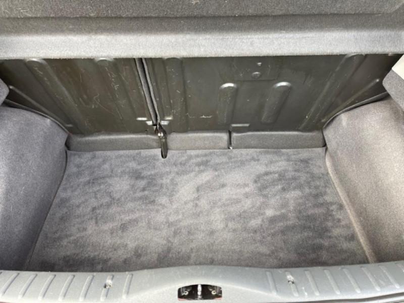 Photo 9 de l'offre de CITROEN C3  1.1I 60CV BERLINE CLASSIC  à 4990€ chez Triplo auto