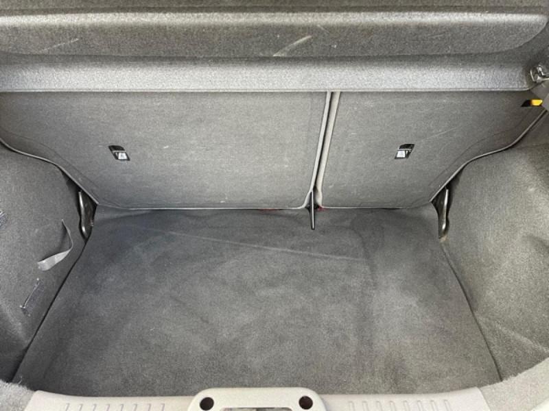 Photo 9 de l'offre de FORD FIESTA 1.25I 82 TREND CLIM à 7250€ chez Triplo auto