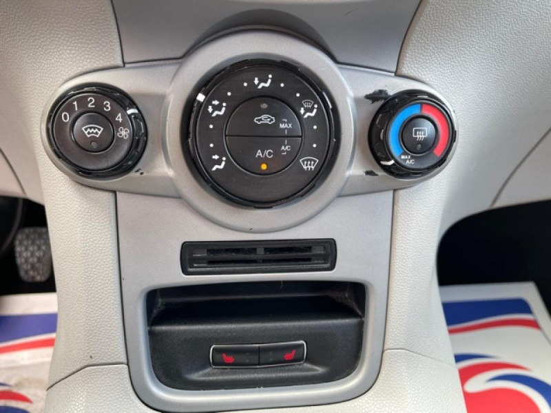 Photo 20 de l'offre de FORD FIESTA 1.25I 82 TREND CLIM à 7250€ chez Triplo auto
