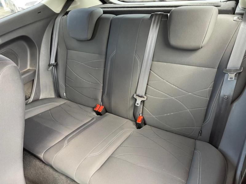 Photo 10 de l'offre de FORD FIESTA 1.25I 82 TREND CLIM à 7250€ chez Triplo auto