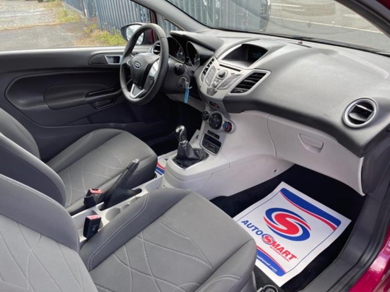 Photo 13 de l'offre de FORD FIESTA 1.25I 82 TREND CLIM à 7250€ chez Triplo auto