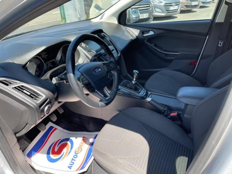 Photo 12 de l'offre de FORD FOCUS 1.0 SCTI 125 TITANIUM  RADAR AV AR   GPS,  ECOBOOST à 11490€ chez Triplo auto