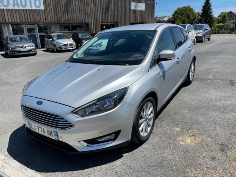 Ford FOCUS 1.0 SCTI 125 TITANIUM  RADAR AV AR   GPS,  ECOBOOST Essence GRIS Occasion à vendre
