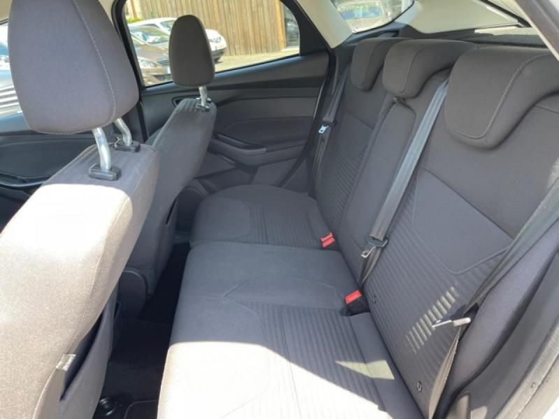 Photo 11 de l'offre de FORD FOCUS 1.0 SCTI 125 TITANIUM  RADAR AV AR   GPS,  ECOBOOST à 11490€ chez Triplo auto