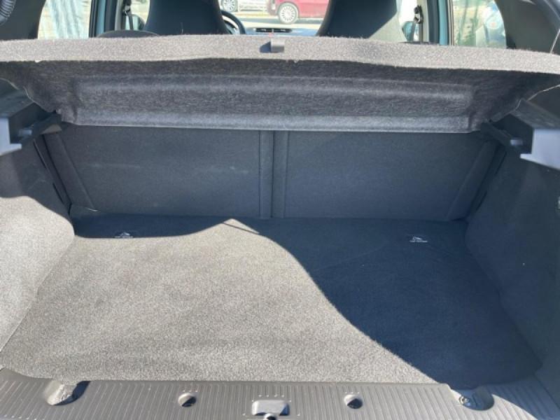 Photo 9 de l'offre de RENAULT TWINGO 1.0 SCE - 70 S&S LIMITED CLIM à 8490€ chez Triplo auto