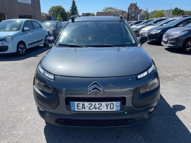 Photo 8 de l'offre de CITROEN C4 CACTUS 1.6-100 S&S ETG6  FEEL GPS CAMERA à 9490€ chez Triplo auto