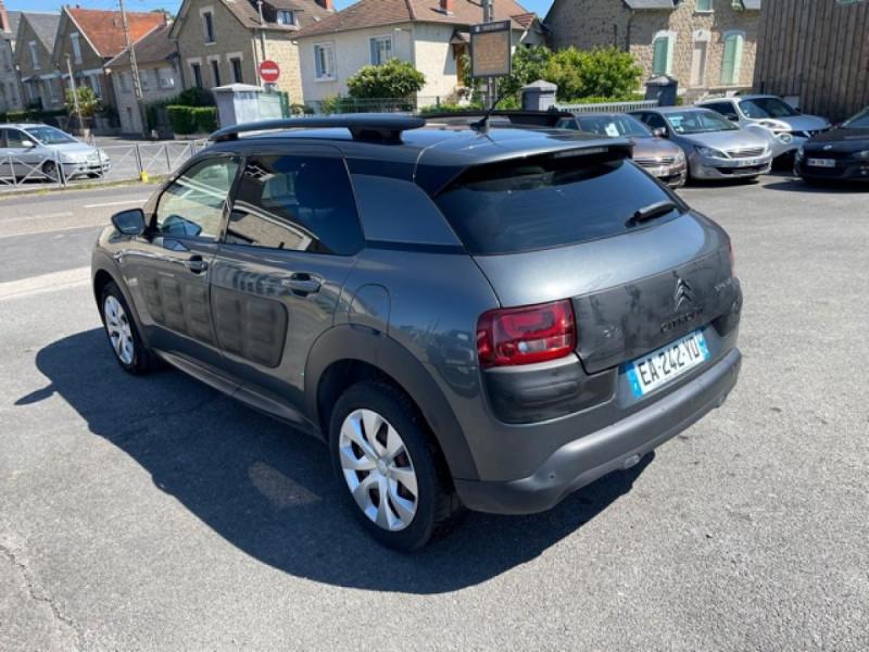 Photo 3 de l'offre de CITROEN C4 CACTUS 1.6-100 S&S ETG6  FEEL GPS CAMERA à 9490€ chez Triplo auto