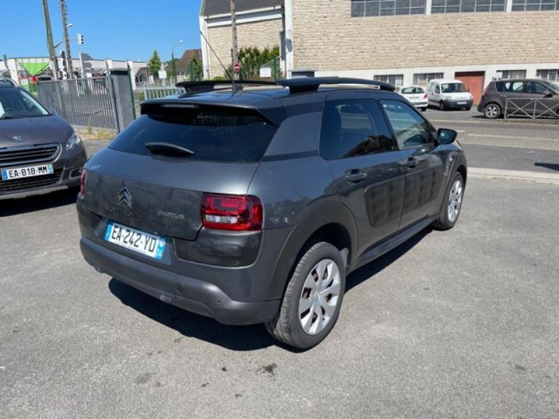 Photo 5 de l'offre de CITROEN C4 CACTUS 1.6-100 S&S ETG6  FEEL GPS CAMERA à 9490€ chez Triplo auto