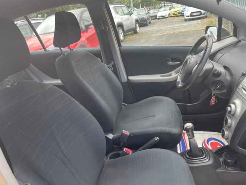 Photo 15 de l'offre de TOYOTA YARIS 1.4 D-4D 90 LUNA PACK CLIM RADAR AR ATTELAGE à 5490€ chez Triplo auto