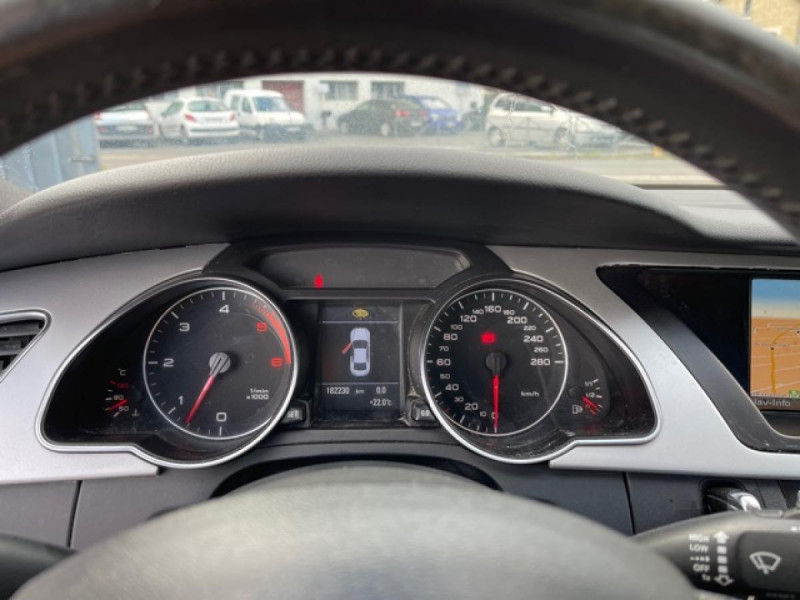 Photo 16 de l'offre de AUDI A5 QUATTRO 3.0 V6 240  S LINE CUIR à 12990€ chez Triplo auto