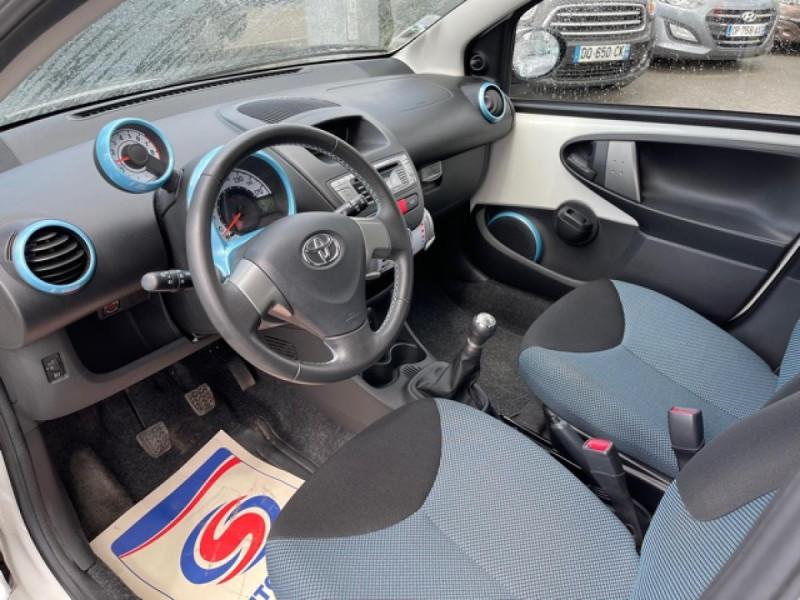 Photo 12 de l'offre de TOYOTA AYGO 1.0 68 ACTIVE CLIM \'33532KM\' à 6990€ chez Triplo auto