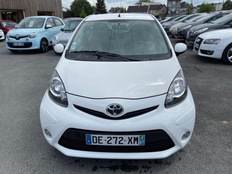 Photo 8 de l'offre de TOYOTA AYGO 1.0 68 ACTIVE CLIM \'33532KM\' à 6990€ chez Triplo auto