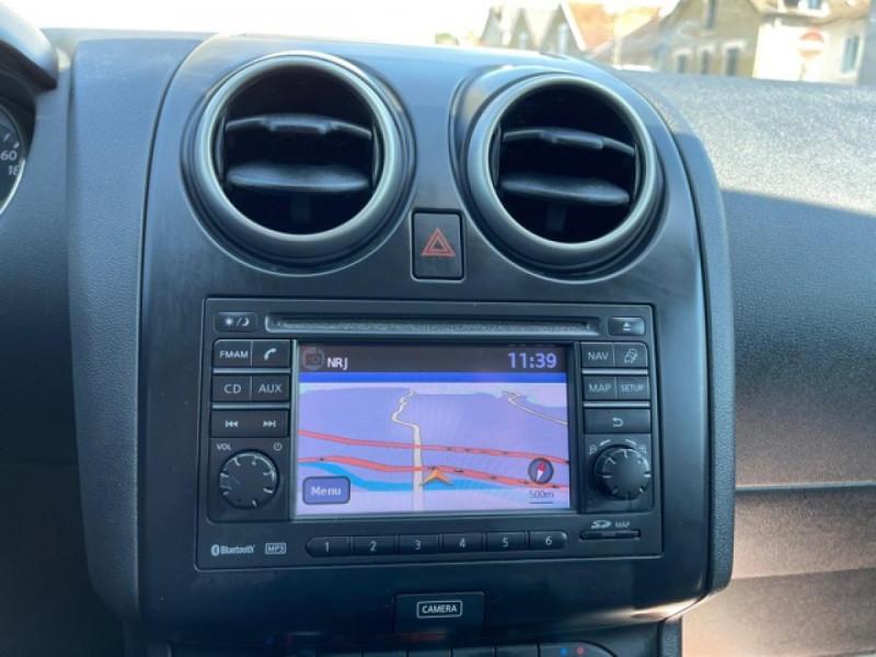 Photo 19 de l'offre de NISSAN QASHQAI 1.5 DCI 110  CONNECT EDITION GPS TOIT PANO CAMERA 360 à 9350€ chez Triplo auto