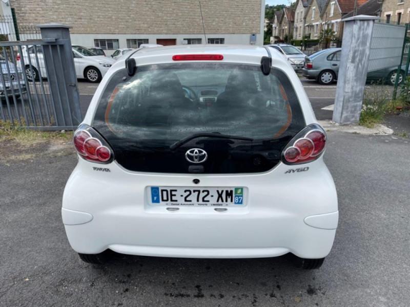 Photo 4 de l'offre de TOYOTA AYGO 1.0 68 ACTIVE CLIM \'33532KM\' à 6990€ chez Triplo auto