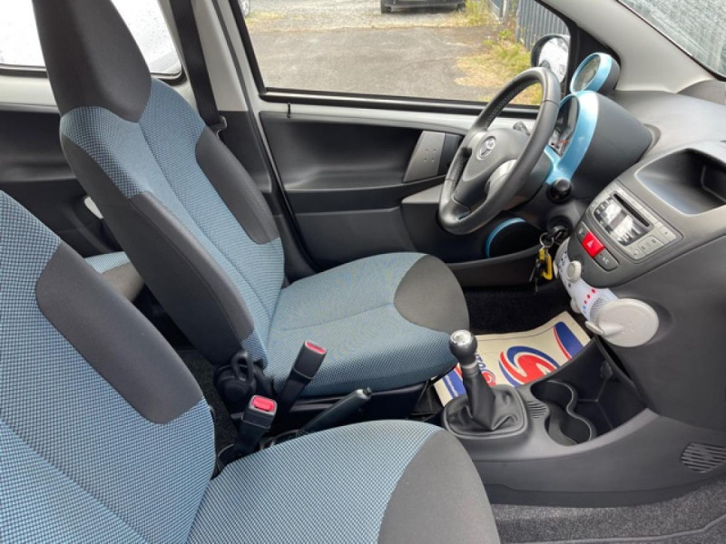 Photo 15 de l'offre de TOYOTA AYGO 1.0 68 ACTIVE CLIM \'33532KM\' à 6990€ chez Triplo auto