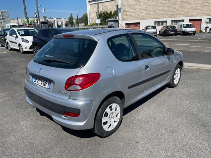 Photo 5 de l'offre de PEUGEOT 206   1.1I   URBAN CLIM DISTRI OK  à 5490€ chez Triplo auto