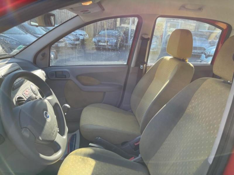 Photo 13 de l'offre de FIAT PANDA 1.2I - 60  II CLASS  à 3490€ chez Triplo auto