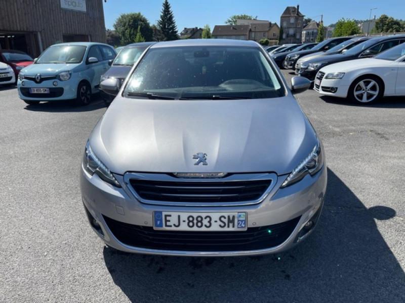 Photo 8 de l'offre de PEUGEOT 308  1.2I 130 S&S ALLURE   GPS CAMERA RADAR AV AR à 15250€ chez Triplo auto