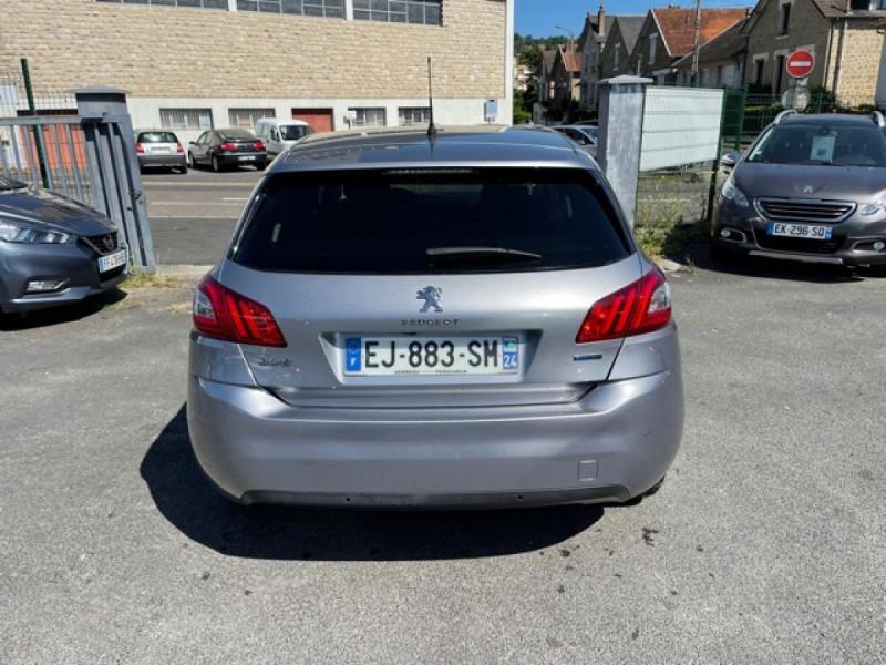 Photo 4 de l'offre de PEUGEOT 308  1.2I 130 S&S ALLURE   GPS CAMERA RADAR AV AR à 15250€ chez Triplo auto