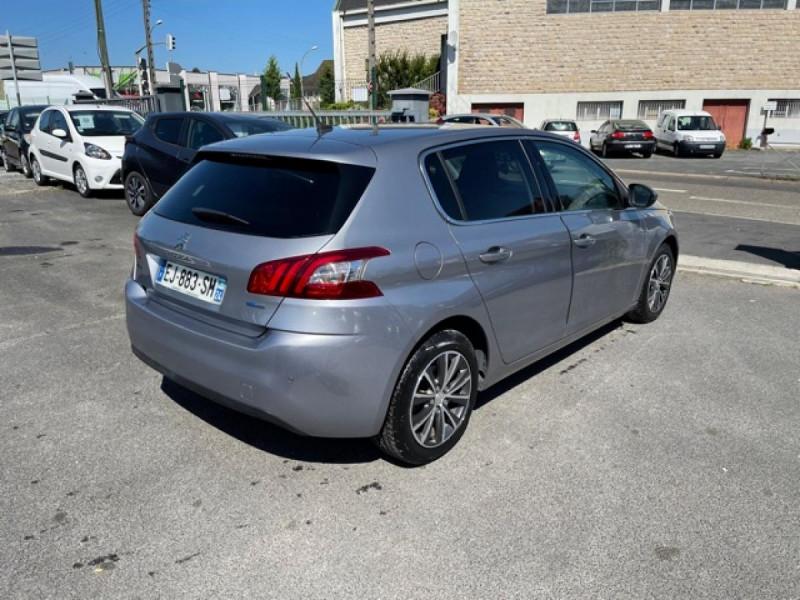 Photo 5 de l'offre de PEUGEOT 308  1.2I 130 S&S ALLURE   GPS CAMERA RADAR AV AR à 15250€ chez Triplo auto