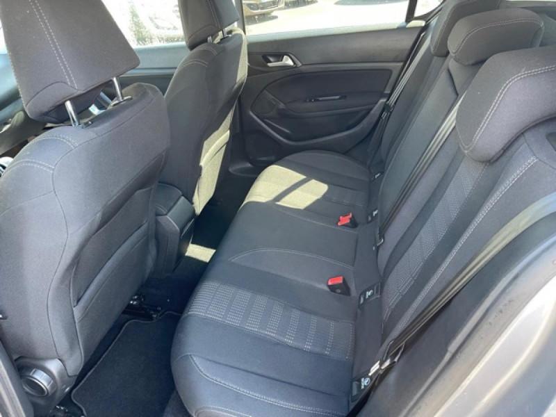 Photo 11 de l'offre de PEUGEOT 308  1.2I 130 S&S ALLURE   GPS CAMERA RADAR AV AR à 15250€ chez Triplo auto
