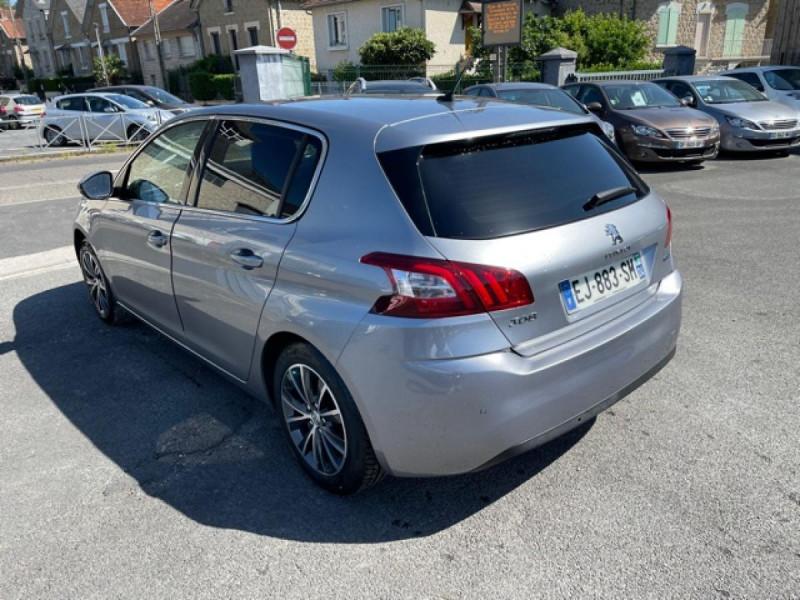 Photo 3 de l'offre de PEUGEOT 308  1.2I 130 S&S ALLURE   GPS CAMERA RADAR AV AR à 15250€ chez Triplo auto