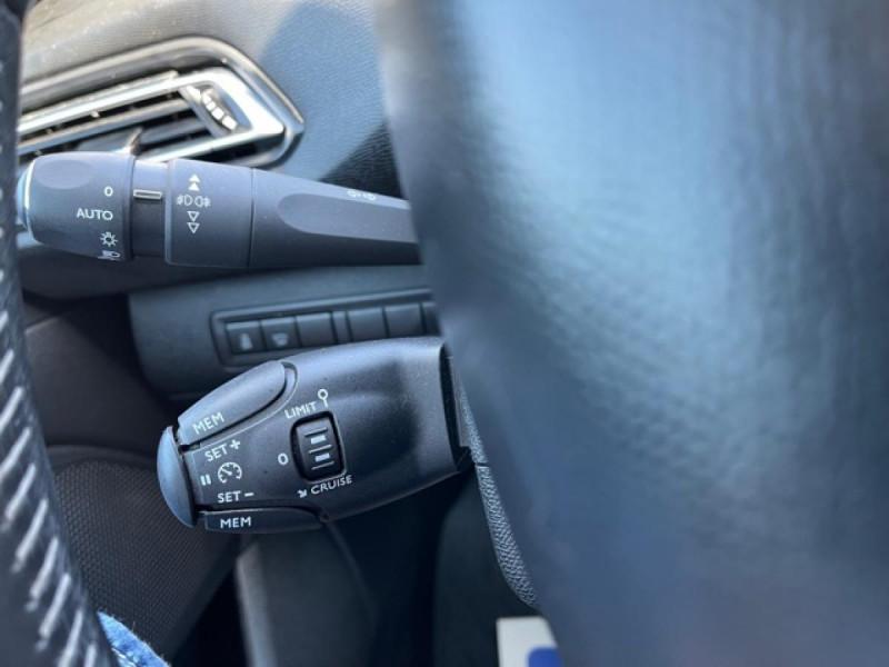 Photo 19 de l'offre de PEUGEOT 308  1.2I 130 S&S ALLURE   GPS CAMERA RADAR AV AR à 15250€ chez Triplo auto