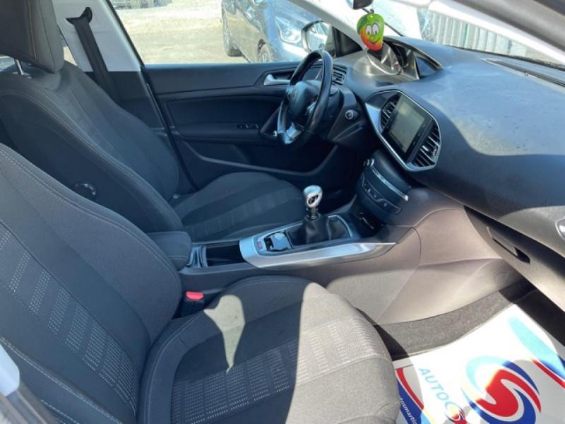 Photo 14 de l'offre de PEUGEOT 308  1.2I 130 S&S ALLURE   GPS CAMERA RADAR AV AR à 15250€ chez Triplo auto