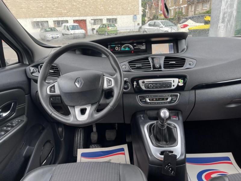 Photo 13 de l'offre de RENAULT SCENIC 1.5 DCI 110 BOSE GPS CAMERA RADAR AV AR DISTRI OK à 7990€ chez Triplo auto