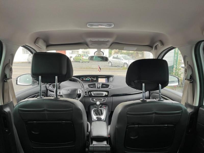 Photo 10 de l'offre de RENAULT SCENIC 1.5 DCI 110 BOSE GPS CAMERA RADAR AV AR DISTRI OK à 7990€ chez Triplo auto