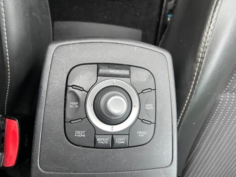 Photo 20 de l'offre de RENAULT SCENIC 1.5 DCI 110 BOSE GPS CAMERA RADAR AV AR DISTRI OK à 7990€ chez Triplo auto