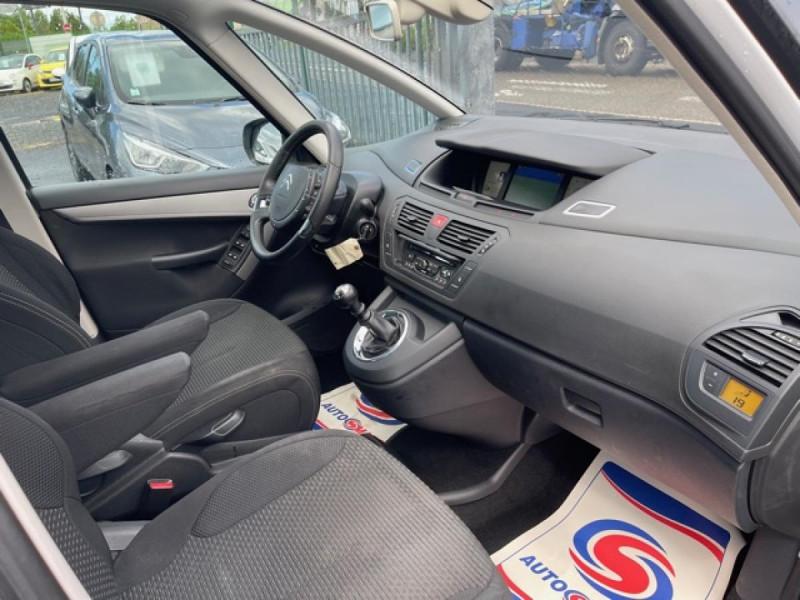 Photo 14 de l'offre de CITROEN C4 PICASSO 1.6 HDI110 MILLENIUM GPS ATTELAGE RADAR AR à 7990€ chez Triplo auto