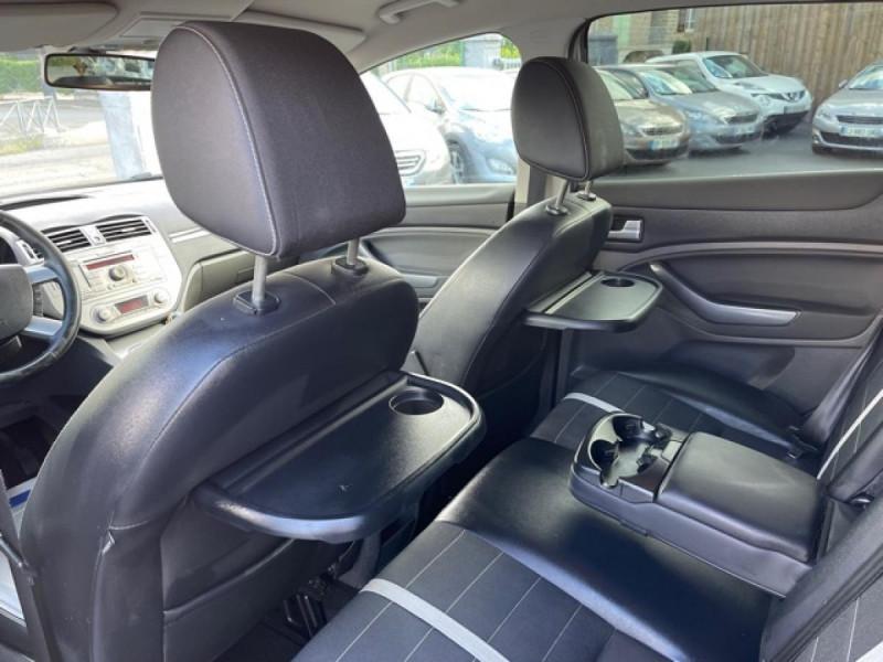Photo 17 de l'offre de FORD KUGA 2.0 TDCI 140  TITANIUM DISTRI NEUVE  à 7490€ chez Triplo auto