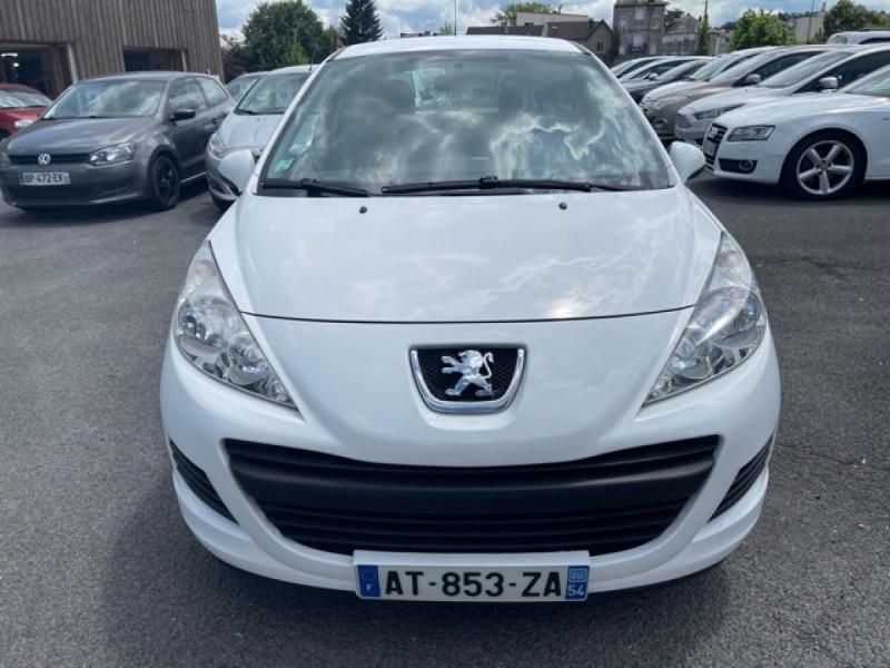 Photo 8 de l'offre de PEUGEOT 207  1.4 HDI 70 AFFAIRE PACK CD CLIM  à 5490€ chez Triplo auto