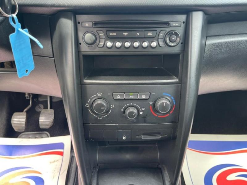 Photo 15 de l'offre de PEUGEOT 207  1.4 HDI 70 AFFAIRE PACK CD CLIM  à 5490€ chez Triplo auto