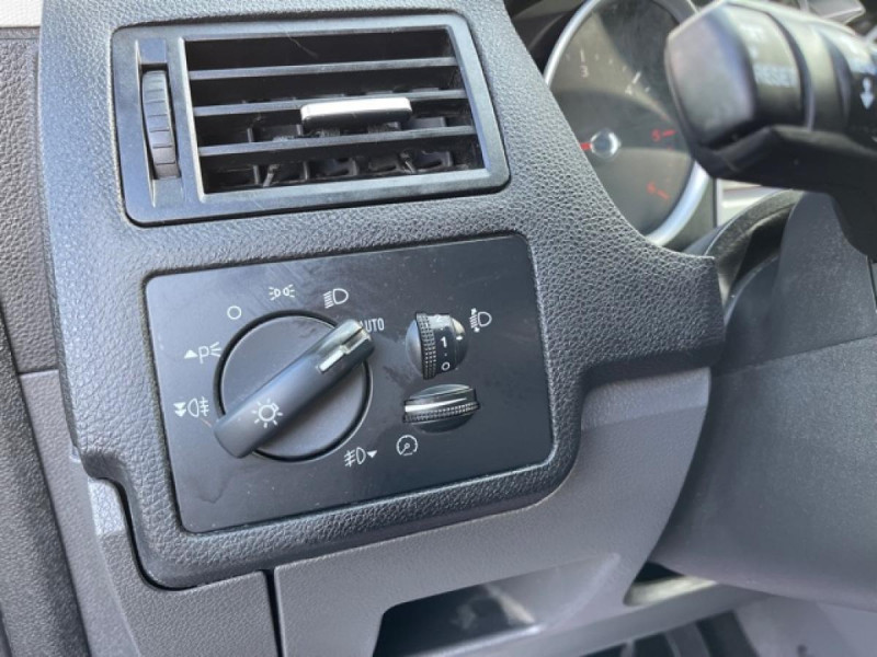 Photo 21 de l'offre de FORD KUGA 2.0 TDCI 140  TITANIUM DISTRI NEUVE  à 7490€ chez Triplo auto