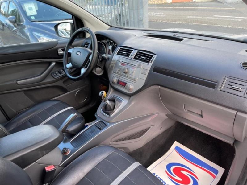 Photo 14 de l'offre de FORD KUGA 2.0 TDCI 140  TITANIUM DISTRI NEUVE  à 7490€ chez Triplo auto